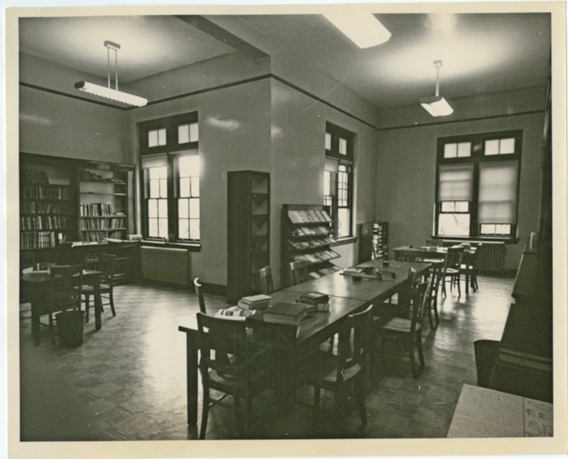 Chemistry Library in Chancellor's Hall, undated