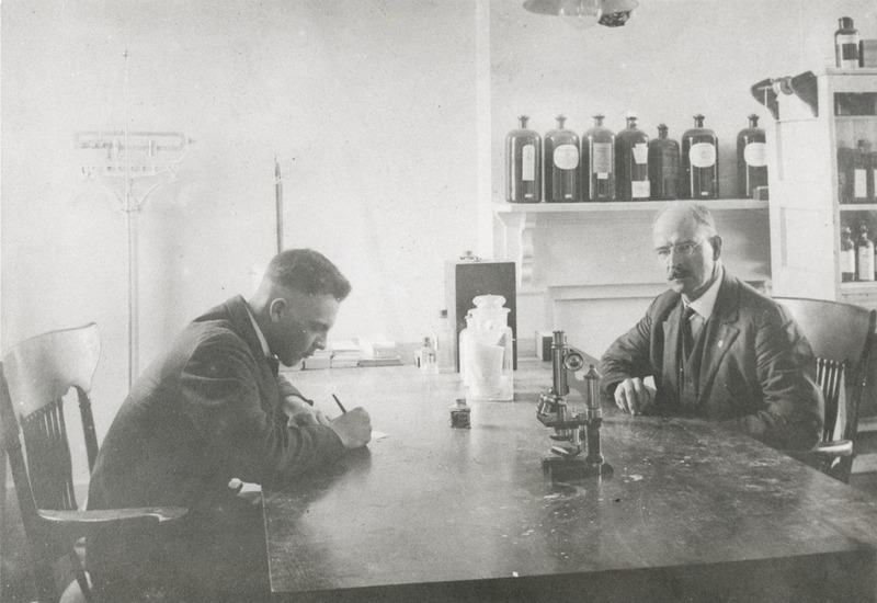 Dr. David King with Alf Johnson Mapp, 1918