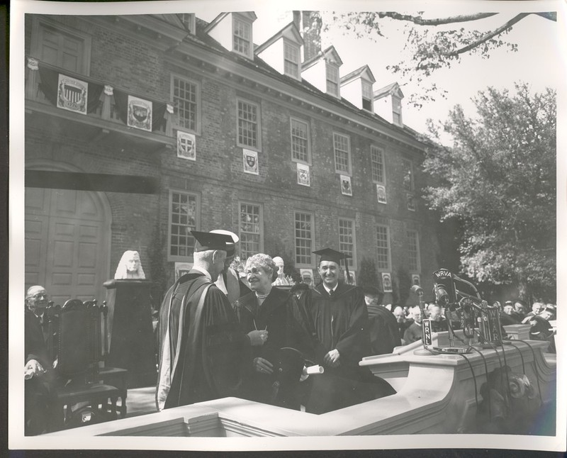 Jessie Ball duPont receiving honorary degree, 1954