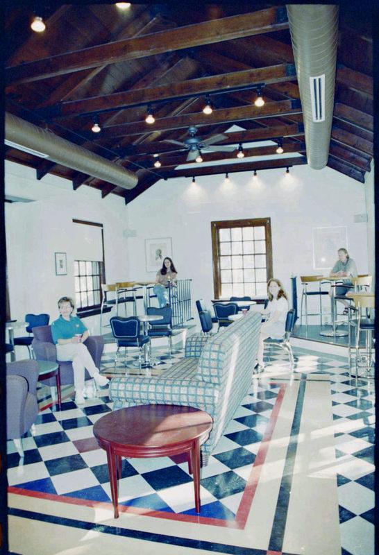 Daily Grind Interior, circa 2000