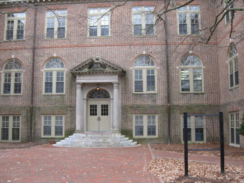 Washington Hall, 2009