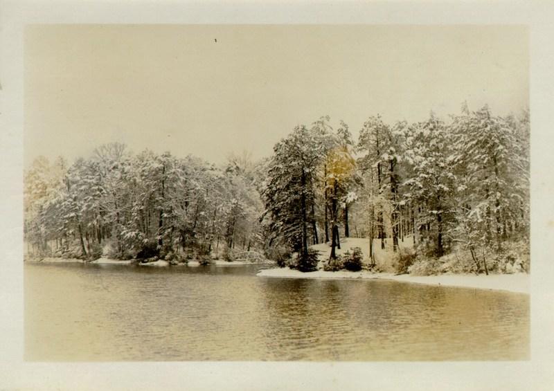 Lake Matoaka snow scene, undated