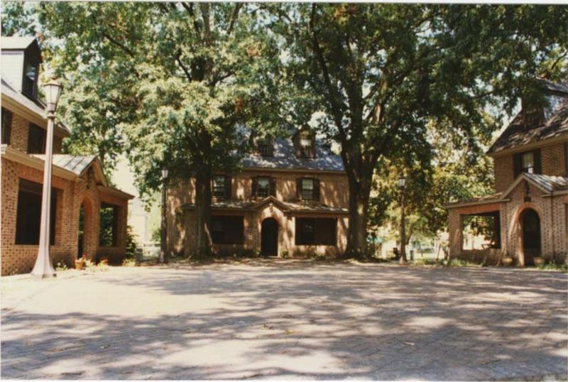 Sorority Court, 1996