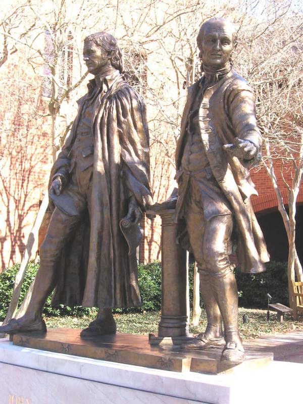 Marshall-Wythe Statue, Undated